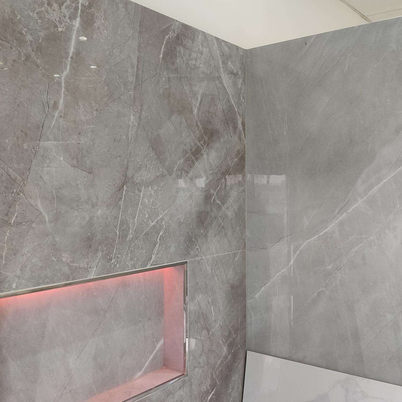 fliesen-großformat-grau