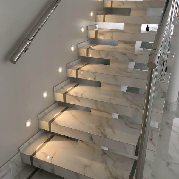 innentreppe-marmor
