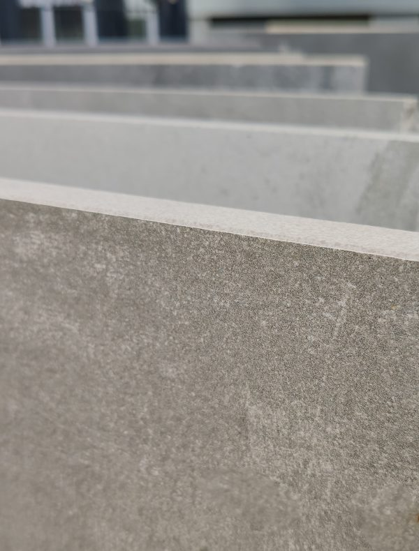 terrassenplatte-betonoptik